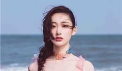 王莫涵甜美寫真曝光 詮釋清新海洋風情