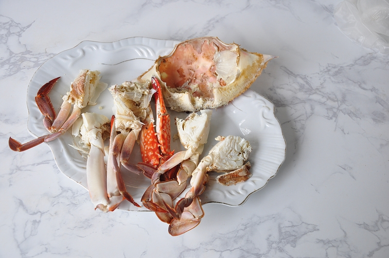 用一斤重的梭子蟹炖上一锅菜,鲜香不腻,胜过高汤的味道,好喝