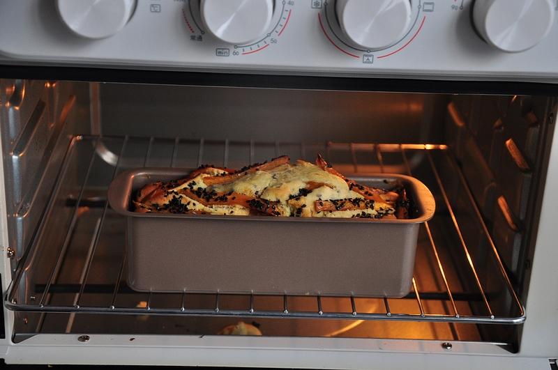 做蛋糕加红薯,味道更香甜,只需一个鸡蛋一碗面,简单易成功