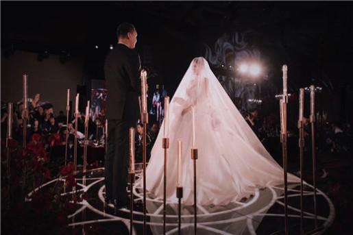 胖虎车澈与李嘉格大婚 伴娘团吉克隽逸、陈冰、VAVA、黄雅莉抢镜