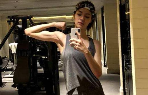 27岁女演员退出《追我吧》原因曝光,连吃3天救心丸!