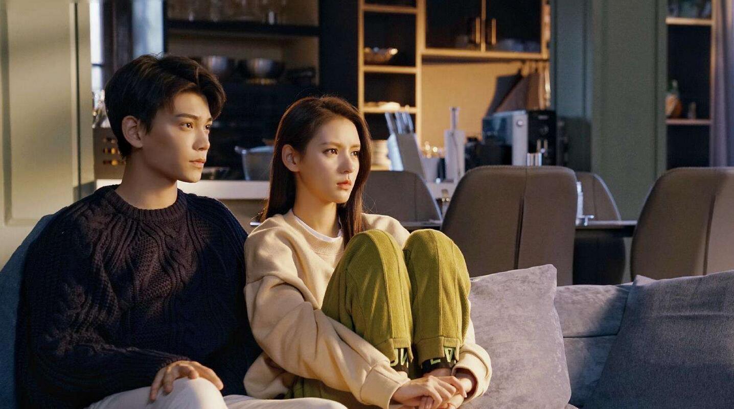 《韫色过浓》还在热播,两位主角再次合作演新剧?网友直呼赶紧播