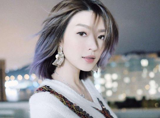 比萧亚轩情史还丰富的女星,4年处了20任男友,没人能超3个月