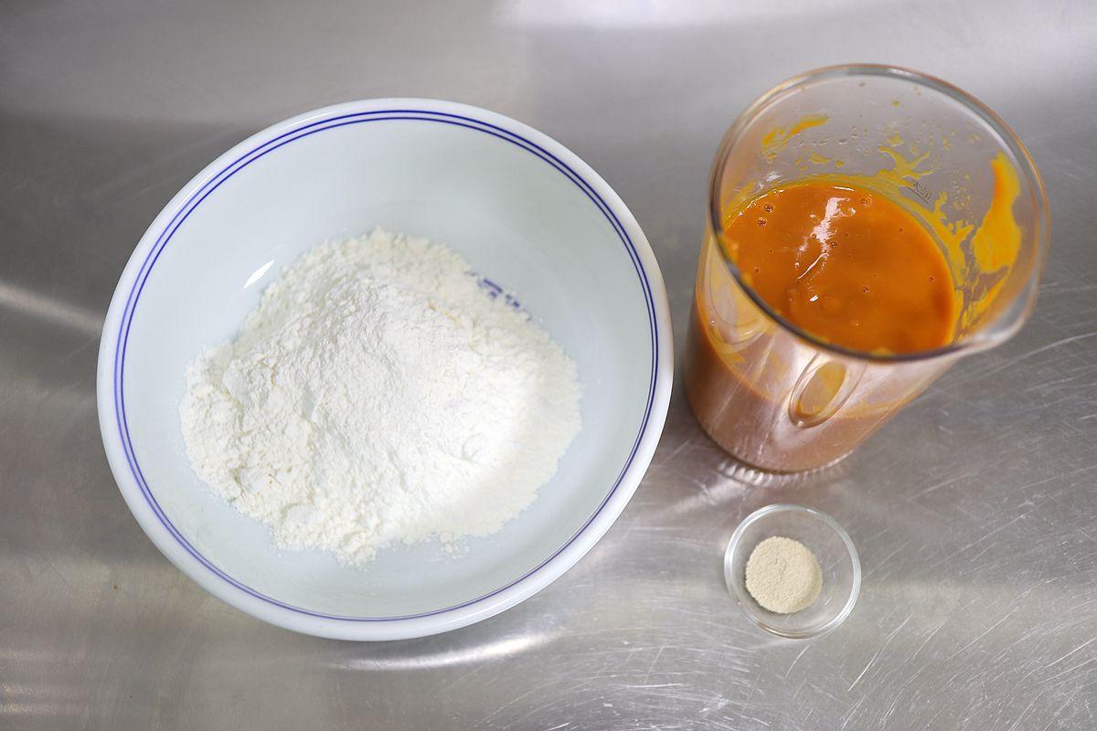 一次發酵的南瓜包子,光滑細致暄軟,省時60分鐘,醬香素餡真好吃