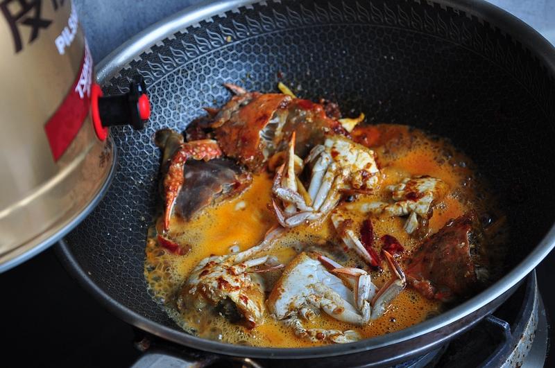 天冷这样做能吃出满身汗的香辣蟹,去腥解腻,味道比清蒸的还好吃